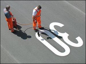 Straßenmarkierungsarbeiten
