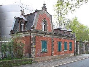 Torhaus in der Dambacher Straße