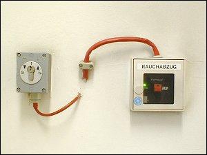 Alarmtaster für Rauchabzug
