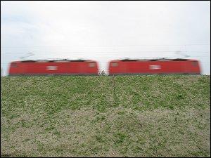 Güterzug mit Silowagen für staubförmige Güter bei Regensburg-Prüfening