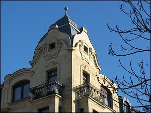 Eckhaustürmchen an der Nürnberger Straße