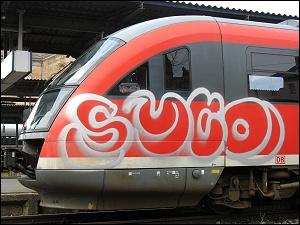 Graffiti auf Diesel-Triebwagen