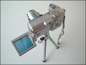 Canon PowerShot A610 auf Tischstativ