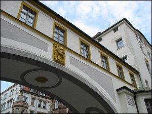 Fa. M. Brünn & Co.,  Badstraße 13/15/18