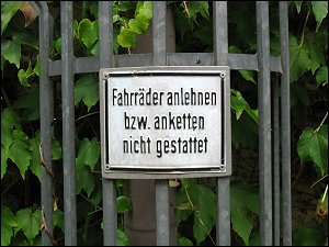 Verbotsschild in Nürnberg