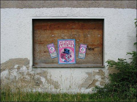 verlassenes und verrammeltes Haus in Neumarkt (Oberpf)
