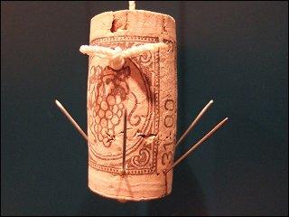 Angelhaken aus Korken und Nadeln