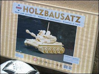 Holzbausatz eines Kampfpanzers