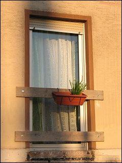 provisorische Absicherung einer noch balkonlosen Balkontür