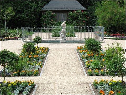 im Schulgarten des Fürther Stadtparks