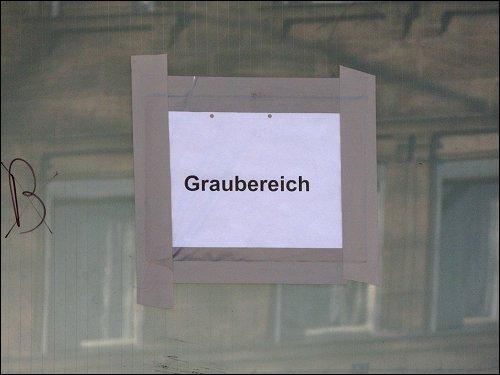 Graubereich-Kenzeichnung am alten Umspannwerk