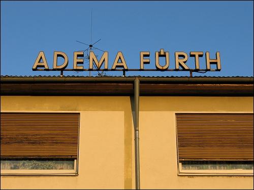 alter Firmenschriftzug 'ADEMA FÜRTH'