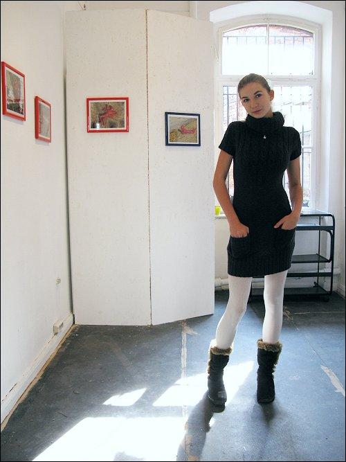 Jenni Beyer in ihrer ersten Ausstellung