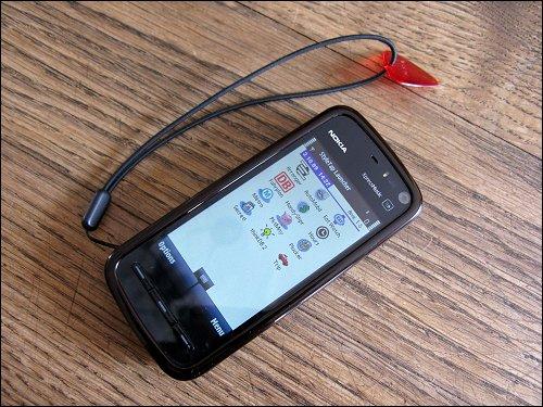 Nokia 5800 XpressMusic mit StyleTap und einigen darunter installierten Palm-Programmen