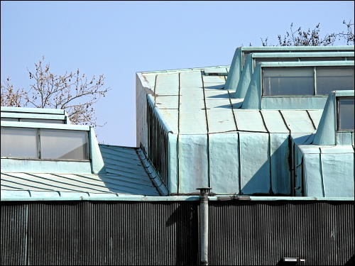 Dachdetail des Wolfsburger Alvar-alto-Kulturhauses