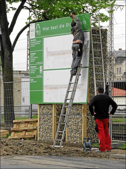 Bautafel zur Lärmsanierung der Karolinenstraße