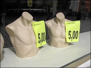 Deko-Ausverkauf beim Fürther Woolworth