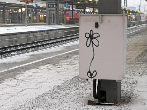 auf einem Bahnsteig des Nürnberger Hauptbahnhofes