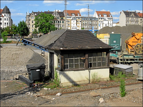 Gleiswaage mit Wägehäuschen in Fürth (Bay) Gbf