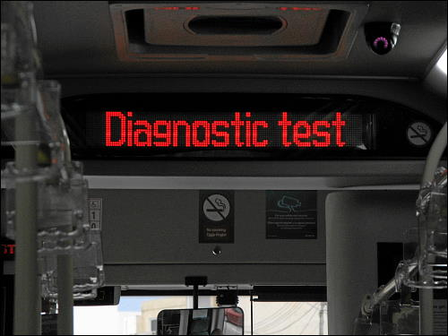Informations-Display in einem Arriva-Bus