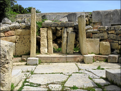 jungsteinzeitliche Architektur in der Tempelanlage von Tarxien