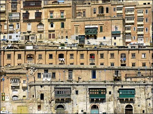 Blick vom Schiff aus auf Valletta