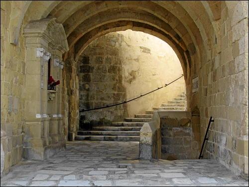 Festungsmauer-Durchführung in Senglea