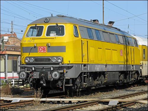 Diesellok der BR 218 von DB Netz