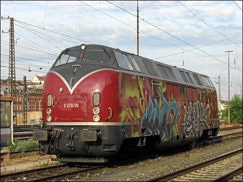 V270.10 (ex DB 221 124-1) der Schienen-Güter-Logistik GmbH (SGL)