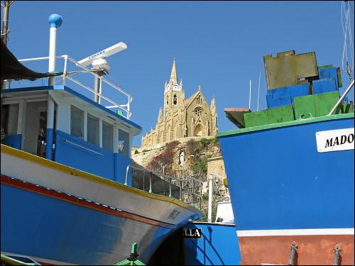 Und noch einmal bunte Boote aus anderer Perspektive...