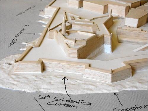 Holzmodell der Befestigungsanlagen Vallettas