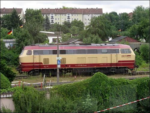 Lok 217 002-5 unweit des Nürnberger Nordost-Bahnhofes