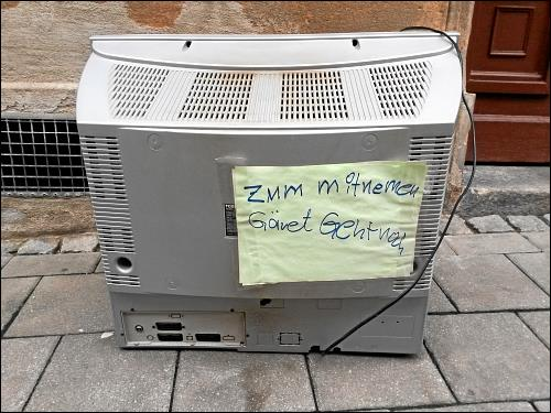 ambulante Altfernseher-Entsorgung