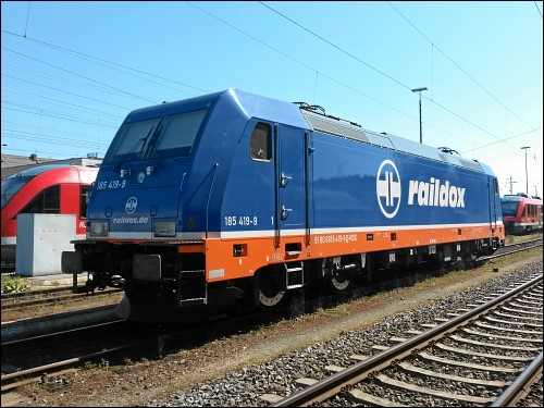 Lok 185 419-9 der Raildox GmbH & Co. KG