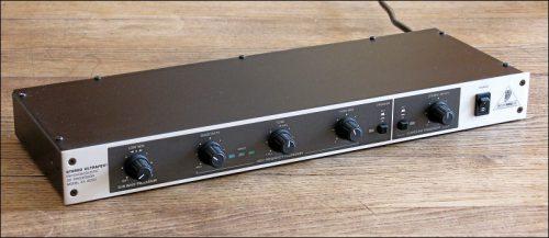 Behringer Stereo Ultrafex EX 4000 (Foto: Ralph Stenzel)