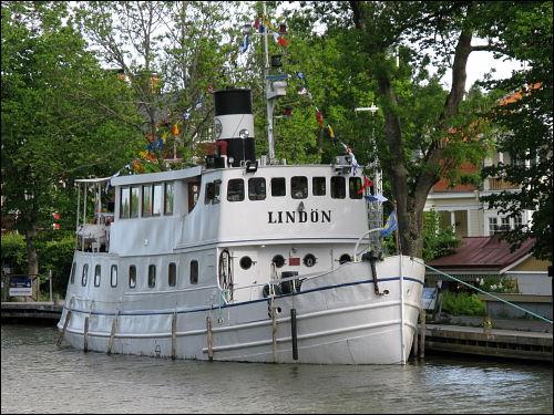 Dampfer »Lindön« im Göta-Kanal bei Söderköping