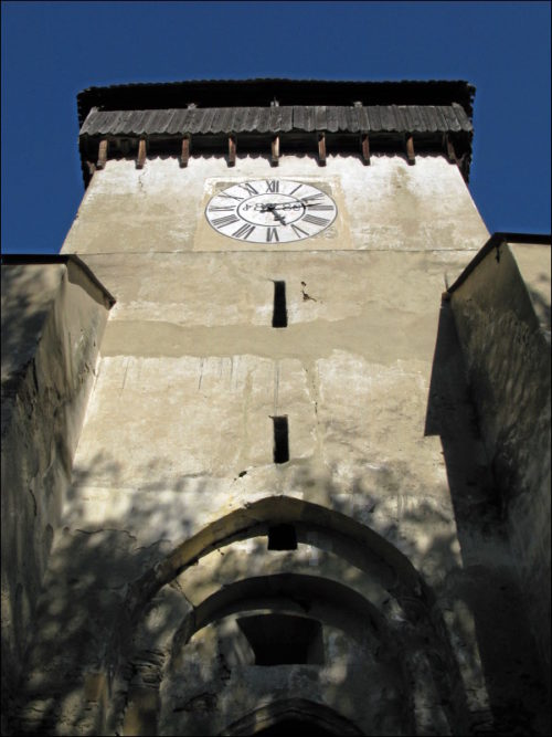 Turm der Pfeilerbasilika in Copșa Mare (Groß-Kopisch)