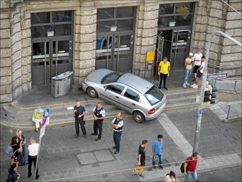 Mit dem Auto schnell zum Zug? Vergebliche Anfahrt zum Nürnberger Hbf...