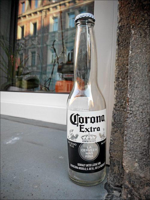 »Corona«-Flasche in der Fürther Südstadt